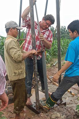 Nước nhiễm thạch tín ở Hà Nội lại lên báo nước ngoài