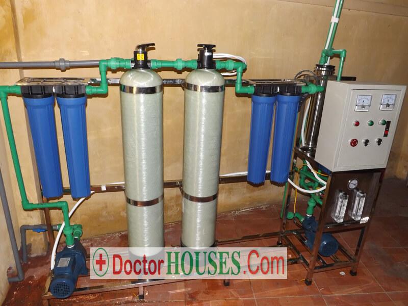 Hình ảnh dây chuyền lọc nước tinh khiết cho trường học công suất 125 lít/h