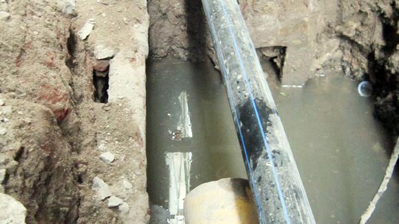 Người dân Hà Nội vẫn khổ vì thiếu nước vào mùa đông