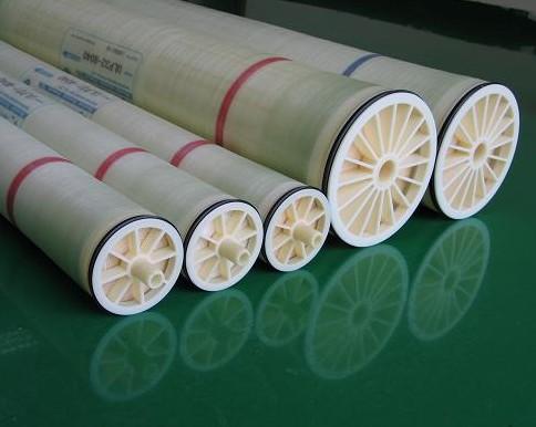 Sục rửa, thay thế màng lọc nước RO gia đình – công nghiệp