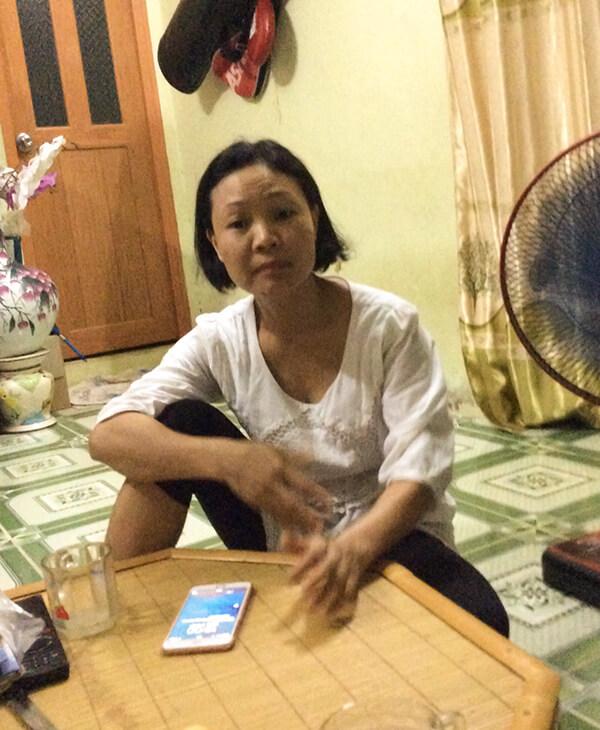 Chị Huyền nhà tại Tổ 19 phường Bồ Đề, Long Biên