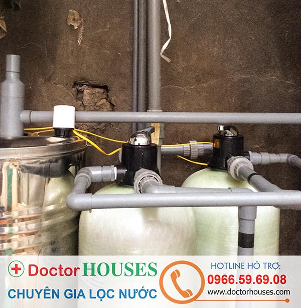 Lắp đặt bộ lọc nước giếng khoan sinh hoạt tại nhà Chị Huyền, Thụy Khuê, Tây Hồ.