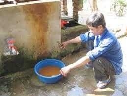 Hà Nam: Vì sao phải xử lý nguồn nước giếng khoan sinh hoạt ?